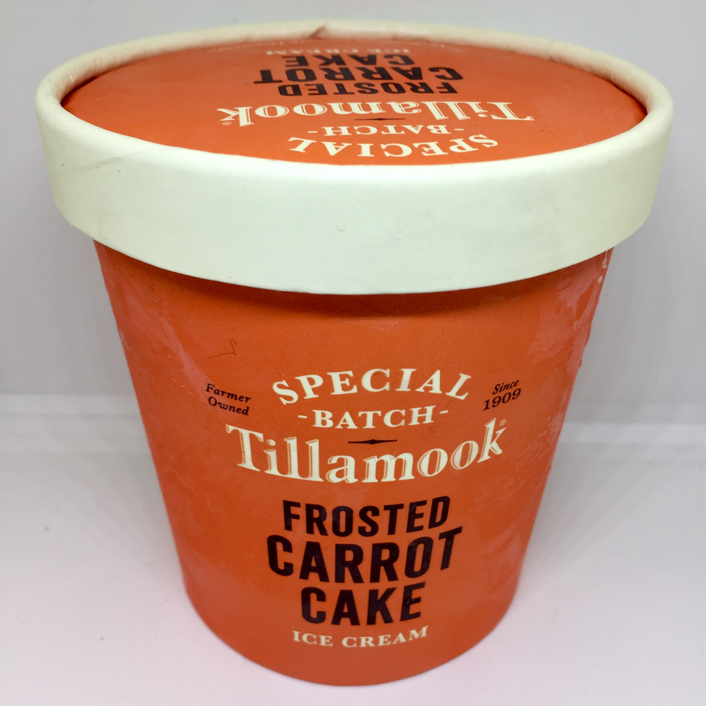 REVIEW Tillamooks Special Batch Frosted Carrot Cake